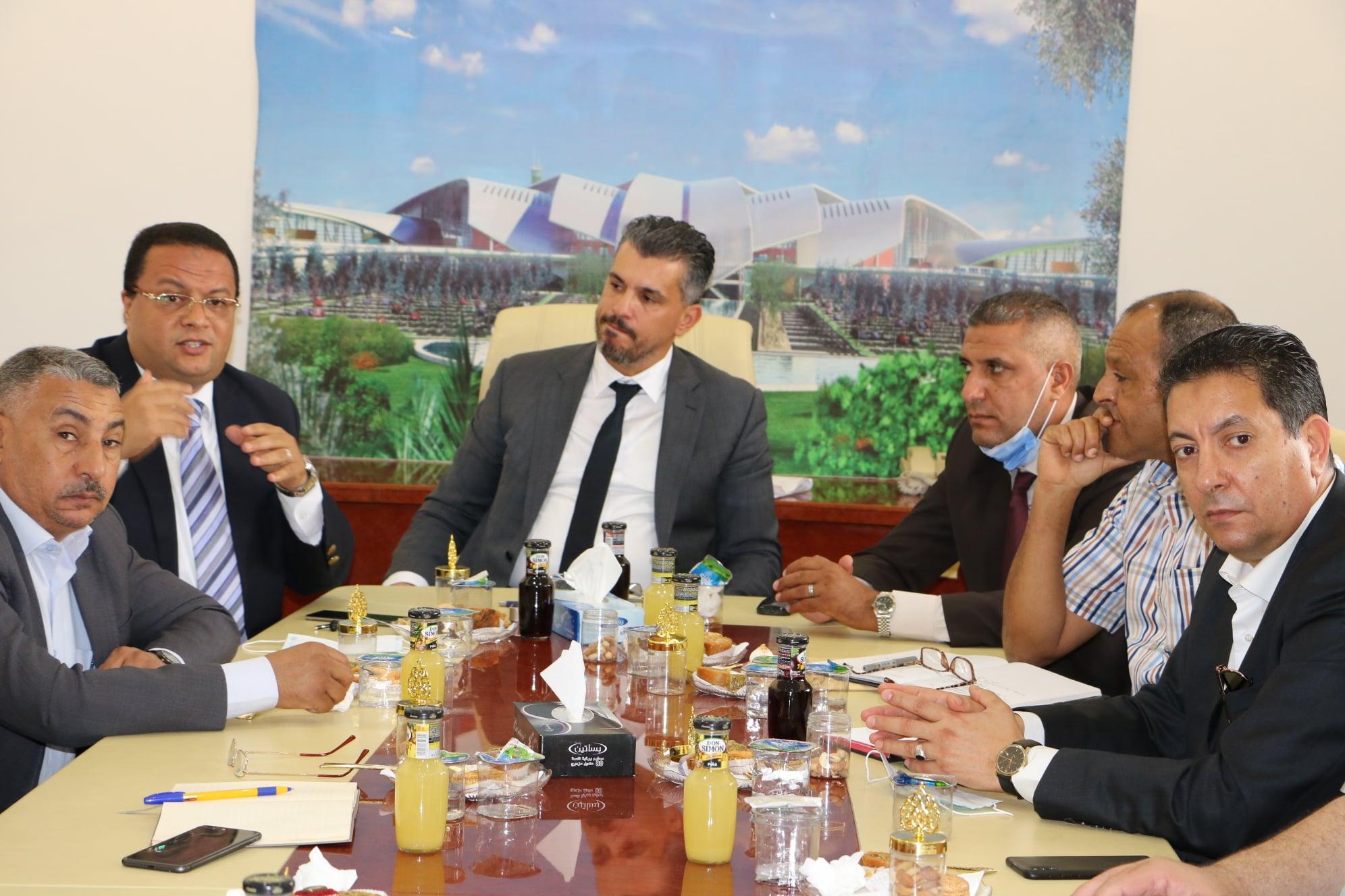 استقبال وكيل الوزارة لشؤون الديوان و النقل البحري لعميد وأعيان مدينة الكفرة